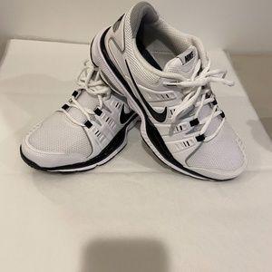 Nike Shoes - NIKE Women SPARQ FULL LENGTH AIR TRAINING SHOES